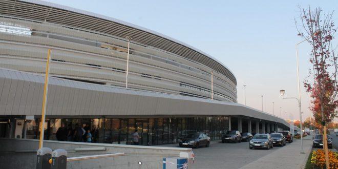 Parcarea din faţa Stadionului Municipal va fi închisă vineri 25 octombrie, în ziua jocului de inaugurare a stadionului