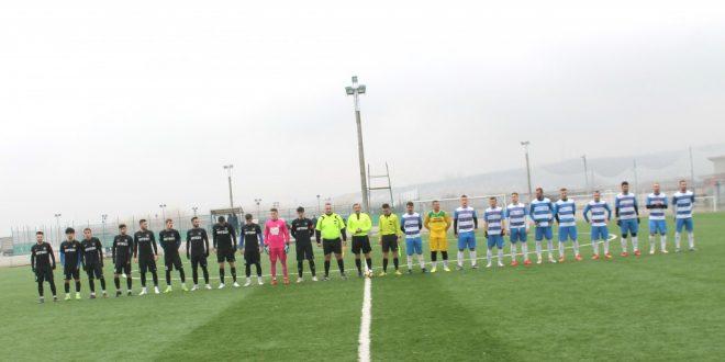 Pandurii Târgu Jiu a remizat în primul meci amical din acest an, în  care antrenorul Călin Cojocaru a folosit mai mulţi jucătorii aflaţi în probe