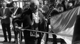 S-a stins din viaţă cel mai vărstnic şi mai devotat suporter al echipei Pandurii Târgu Jiu. Drum lin Valeriu Andronache!