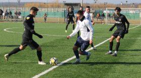 Pandurii Târgu Jiu a învins CS Hunedoara cu scorul de 5-1 în meciul amical disputat astăzi pe terenul sintetic de la Târgu Jiu
