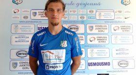 Prezentare oficială a jucătorului echipei Pandurii Târgu Jiu, Martin Remacle: mijlocaş central, 23 de ani, Belgia