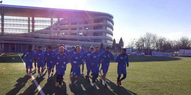 REUNIRE / Lotul echipei Pandurii Târgu Jiu s-a reunit şi a reluat antrenamentele