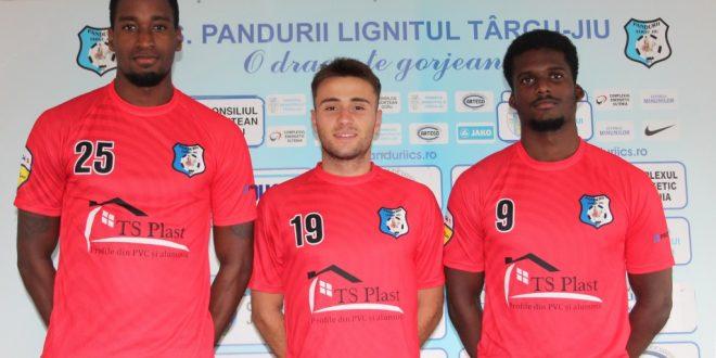 TRANSFERURI / Pandurii Târgu Jiu a perfectat trei transferuri înaintea debutului în noul sezon