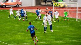 ETAPA A 8-A / Pandurii Târgu Jiu a remizat în meciul cu Jiul Petroşani, scor 0-0
